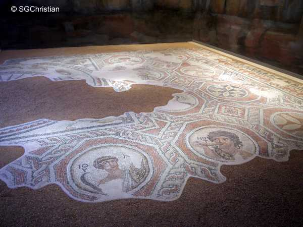 Mosaic floor from the reception room of a house of the 5th century Thessaloniki
